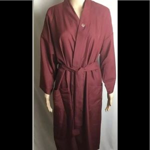 Christian Dior MONSEUR Vtg Burgundy Polyester robe